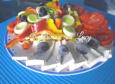 Tōfu con verdure crude