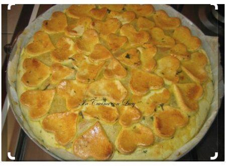 Torta salata di verdure e besciamella.