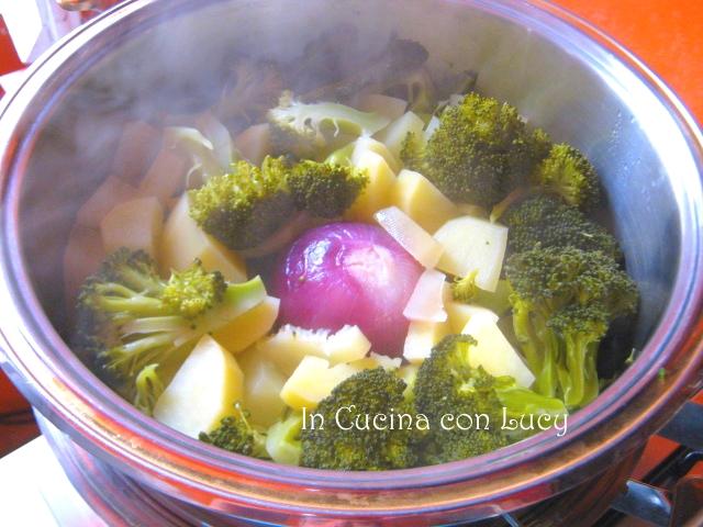 Vellutata di broccoli e patate.