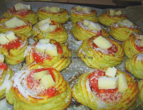 Zeppole salate a base di patate farcite.