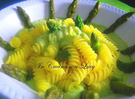 Fusilli senza glutine con asparagi e zenzero