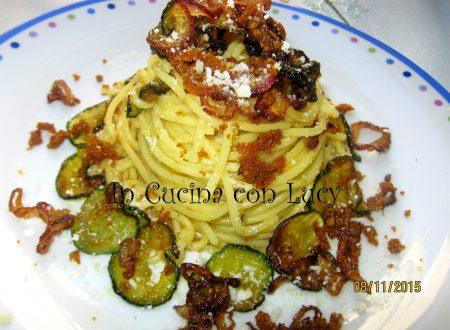 Carbonara vegetariana con verdure croccanti