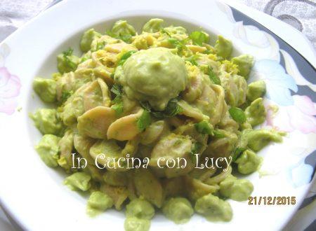 Orecchiette integrali con pesto di avocado