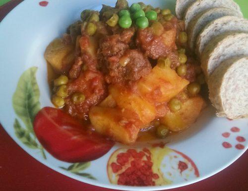 Spezzatino di carne e ortaggi(video ricetta)