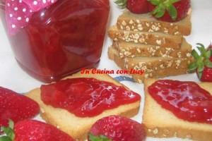 Composta di fragole e zenzero