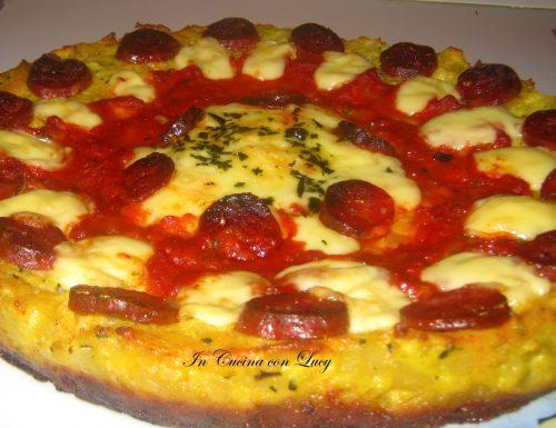 Pizza di patate con salame piccante