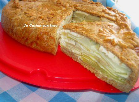 Torta salata con topinabur,patate e certosa