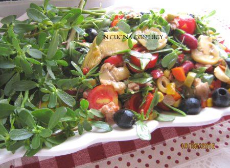 Insalata di  portulaca e verdure miste