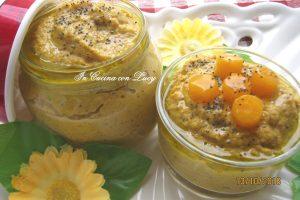 Pesto di zucca  mandorle e semi di papavero