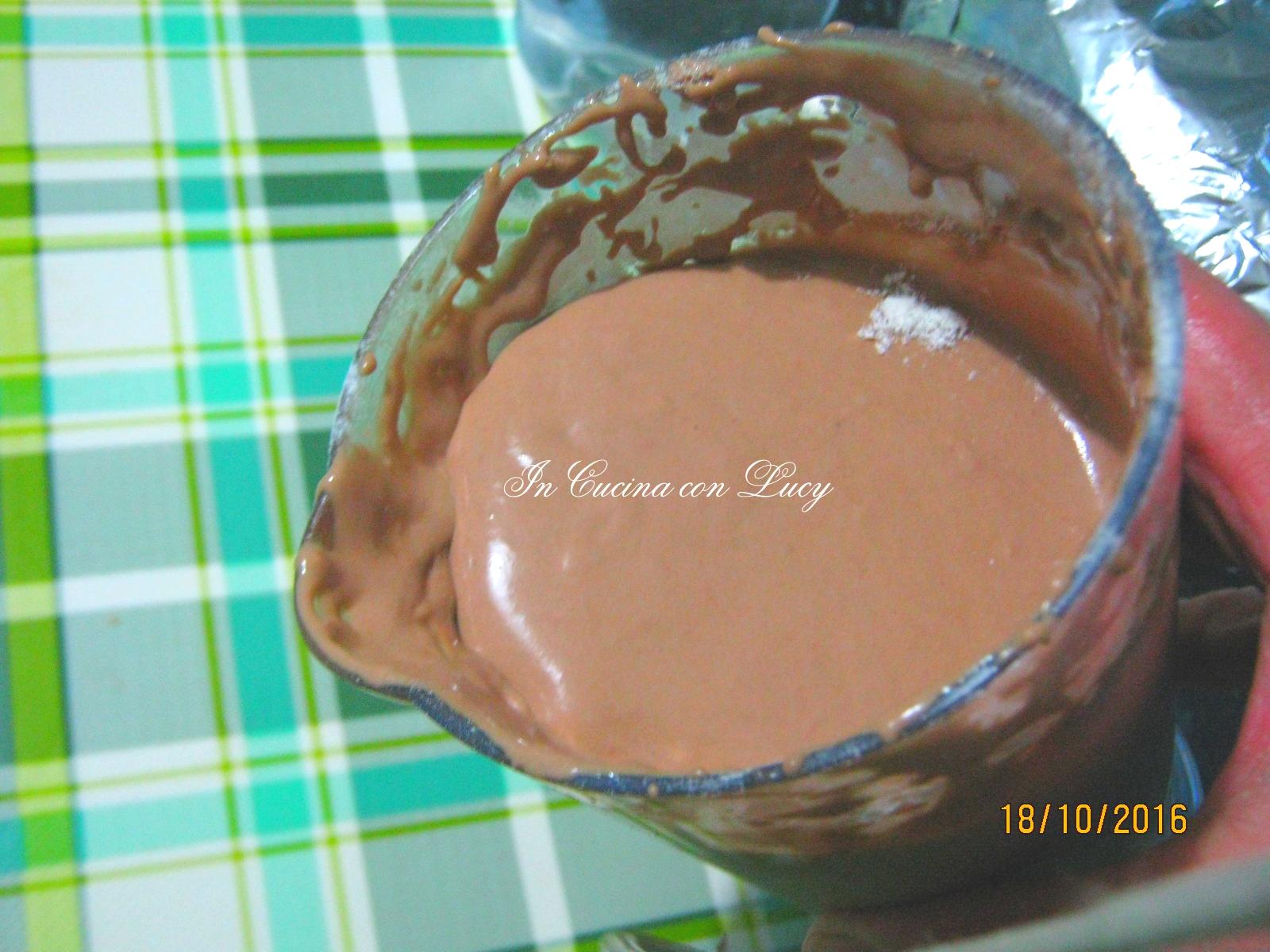 Pancake al cioccolato e kiwi