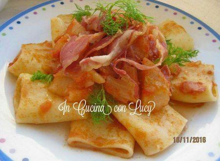 Paccheri al sugo di finocchi e pancetta croccante